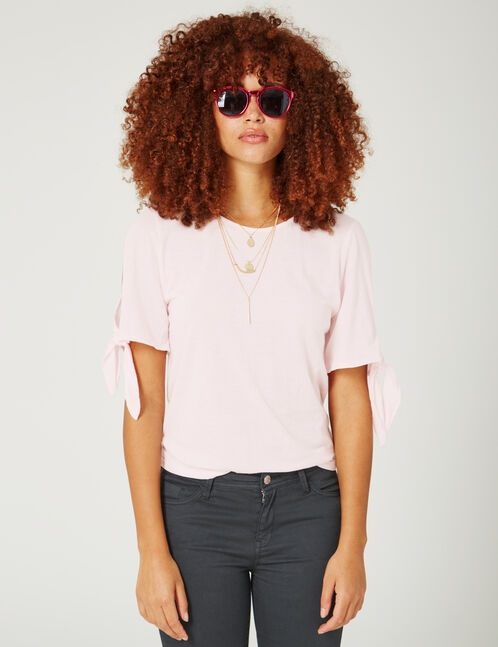 Light pink T-shirt with tie-fastening sleeves