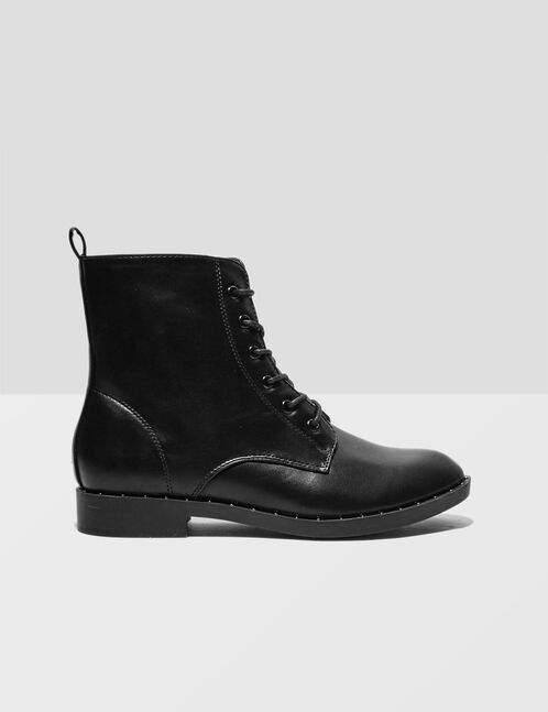 Black boots with small stud detail