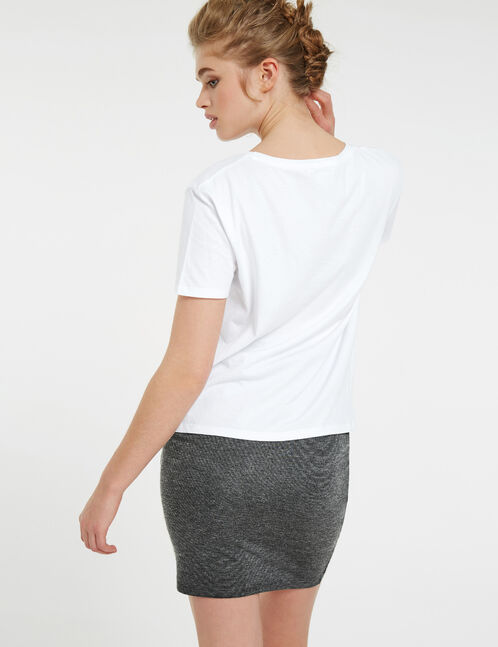 White T-shirt with a mix of embroidery