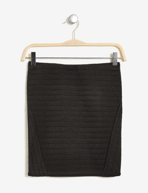 Black short tube skirt