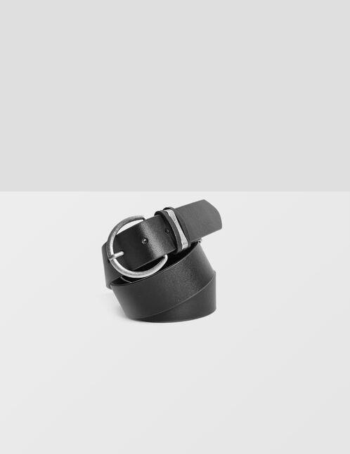 Black belt with round buckle detail
