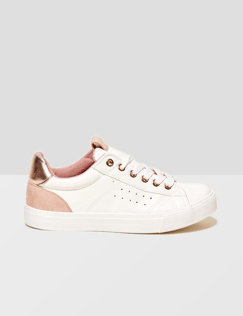 tennis avec détails roses blanches