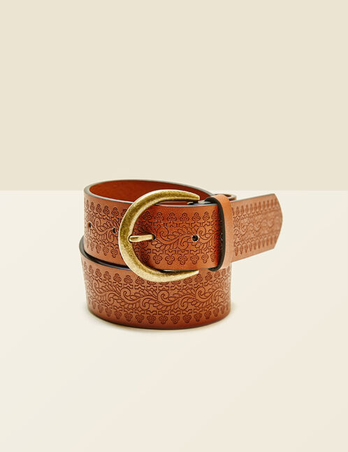 Camel belt with etched pattern