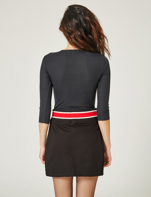Black zipped skirt with embroidery detail