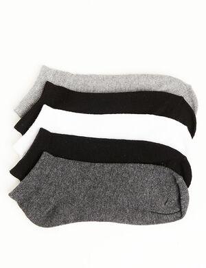 chaussettes basic blanches, grises et noires
