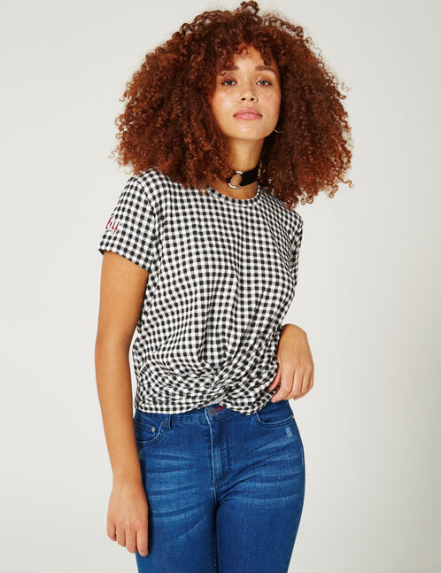 Black and white gingham T-shirt with text design detail