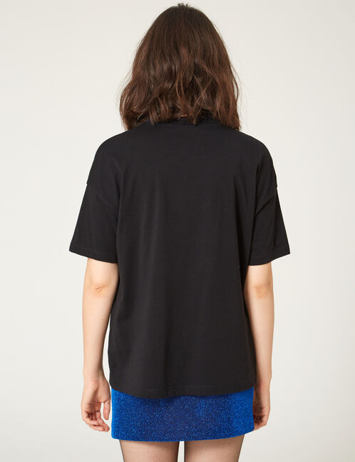 Black T-shirt with pearl detail