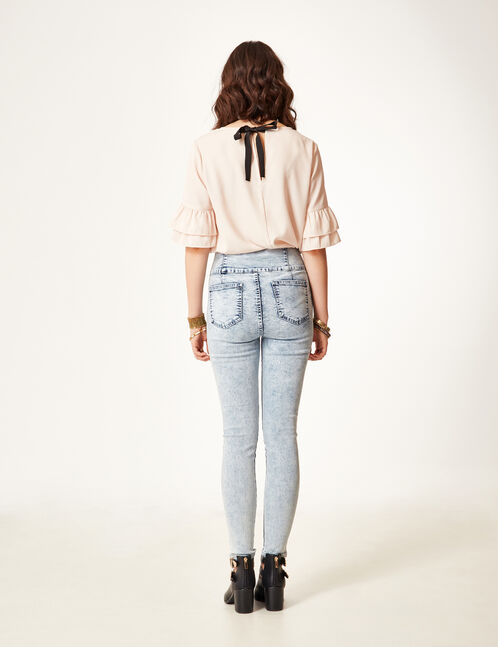Super high-waisted bleached jeans