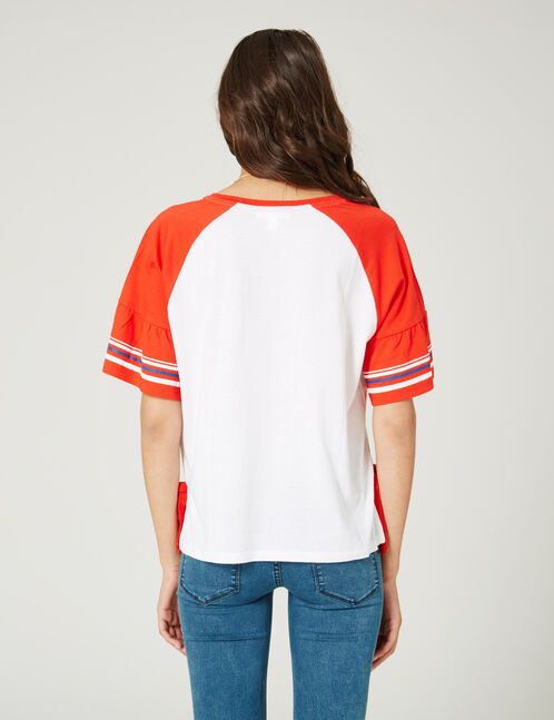 Red and white two-tone T-shirt