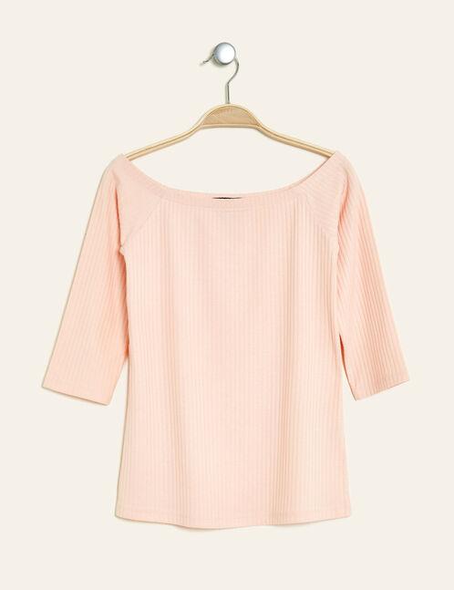 Light pink off-the-shoulder T-shirt