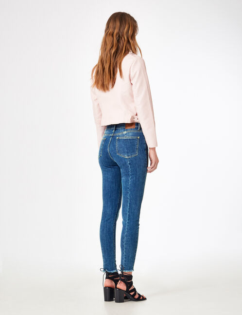 Medium blue skinny jeans with seam detail