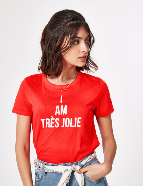 tee-shirt à message rouge