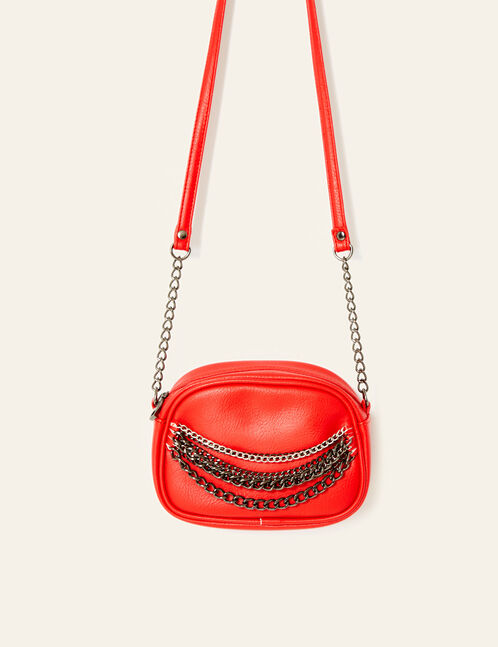 Small red bag with chain detail