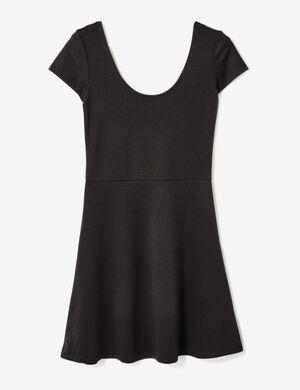 Product Robe basic femme, noir, évasé, décolleté rond devant et dos, manches courtes.Marque Jennyfer Catégorie robes