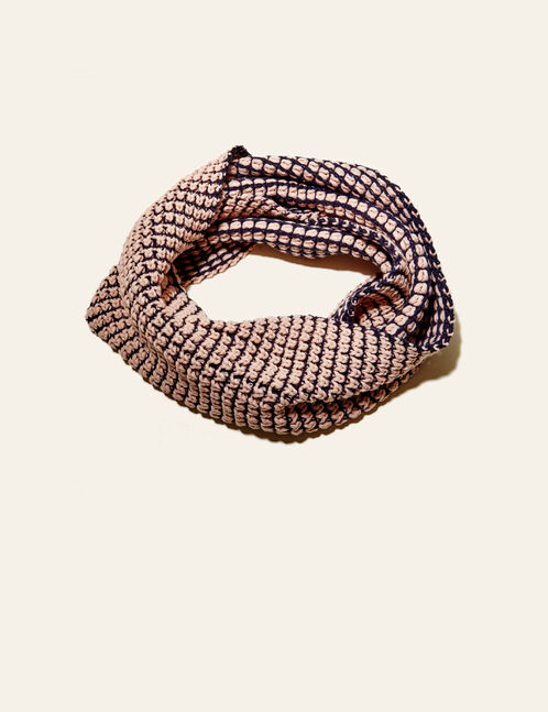 Light pink and navy blue textured snood