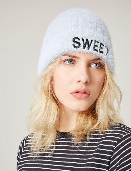 bonnet à message bleu clair