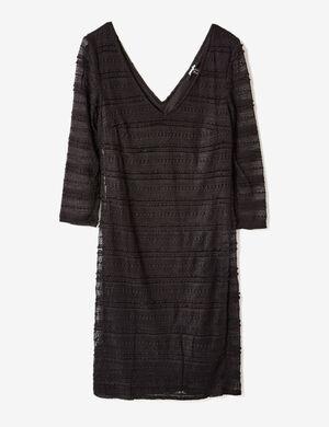 Product Robe tube femme, noir dentelle ajouré, doublé, décolleté v devant et dos, manches longues.Marque Jennyfer Catégorie robes
