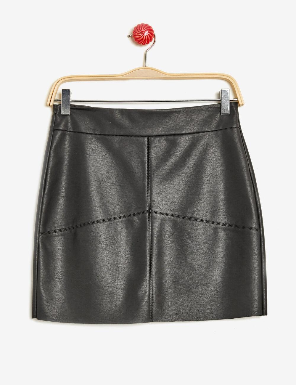 jupe droite en simili cuir noire femme jennyfer. Black Bedroom Furniture Sets. Home Design Ideas