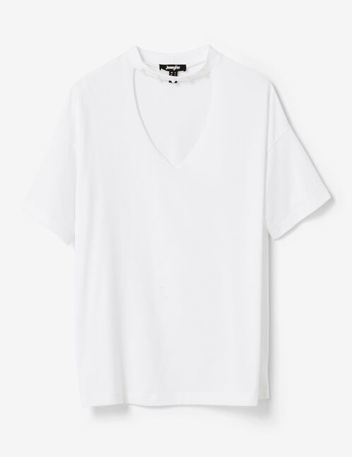 White T-shirt with pearl detail