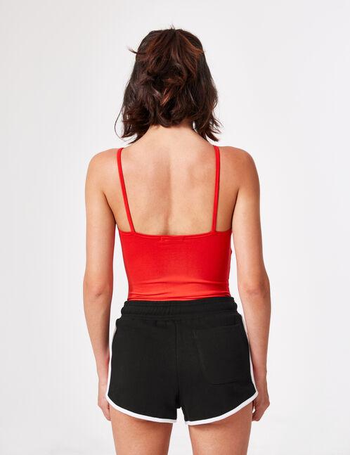 body avec noeud rouge