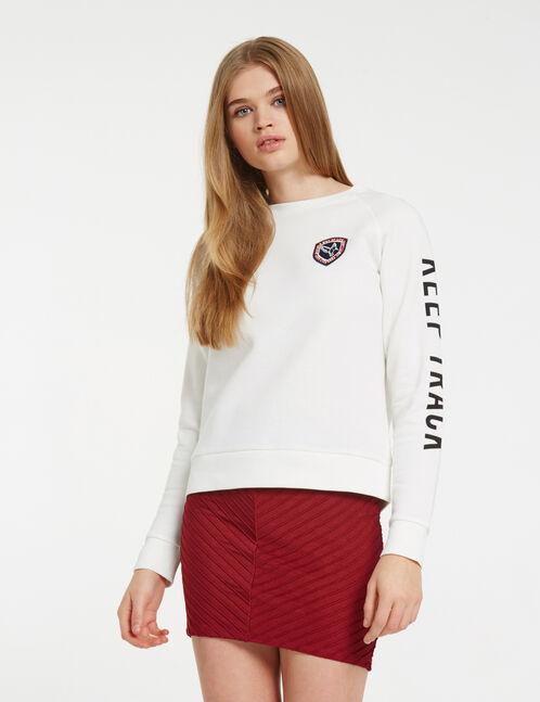 Burgundy textured fabric skirt