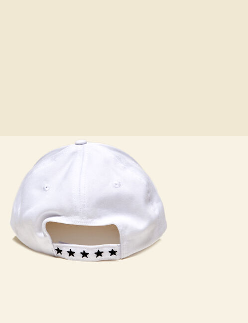 "White ""love risk"" cap"