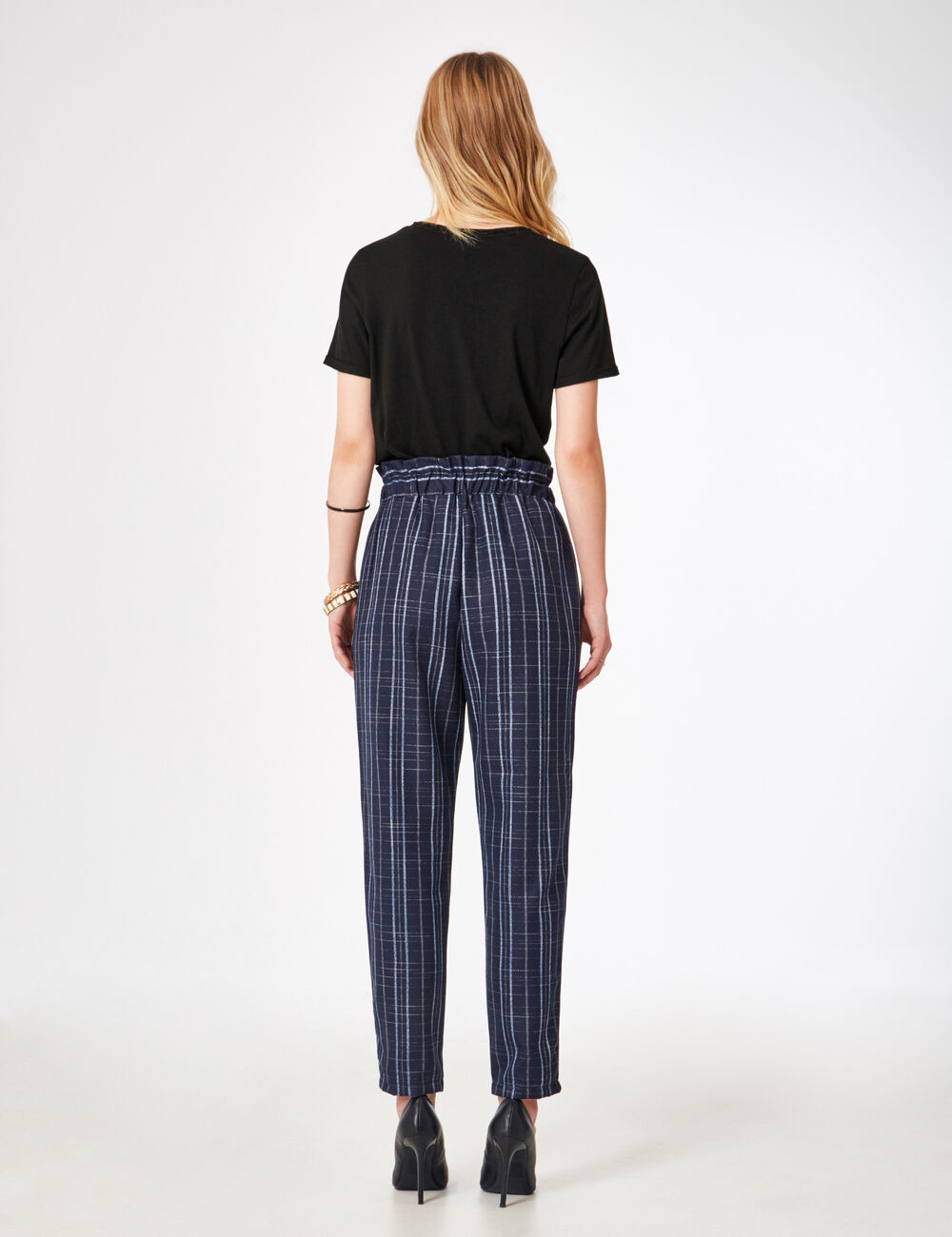 Pantalon carreaux bleu marine femme jennyfer for Pantalon carreaux
