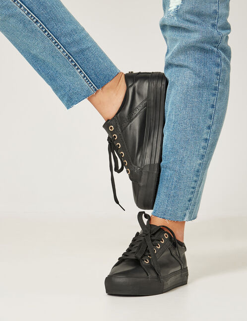 Black wedge-heel trainers