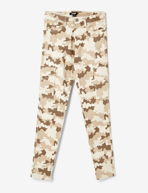 Beige cargo trousers with pockets