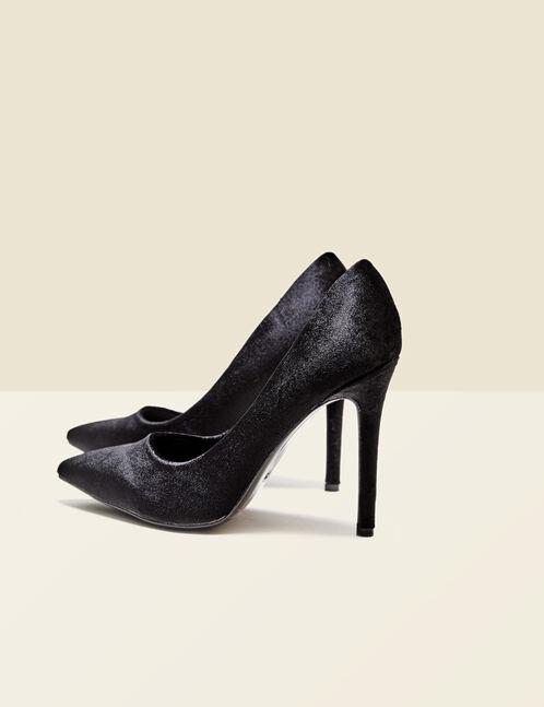 escarpins en velours noirs