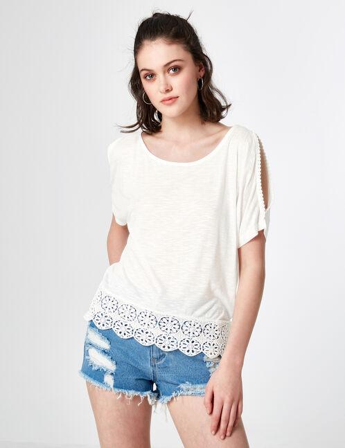 Cream T-shirt with macramé detail