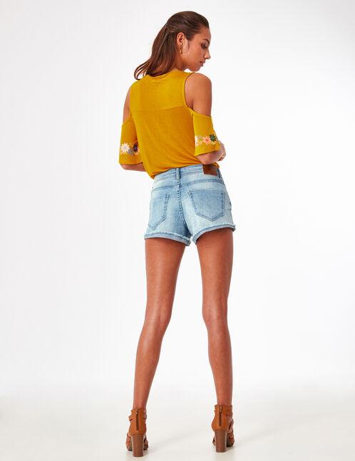Light blue denim shorts with fray hem
