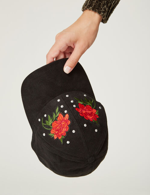 Black cap with patch and stud details