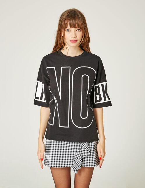 "Black ""no"" T-shirt"