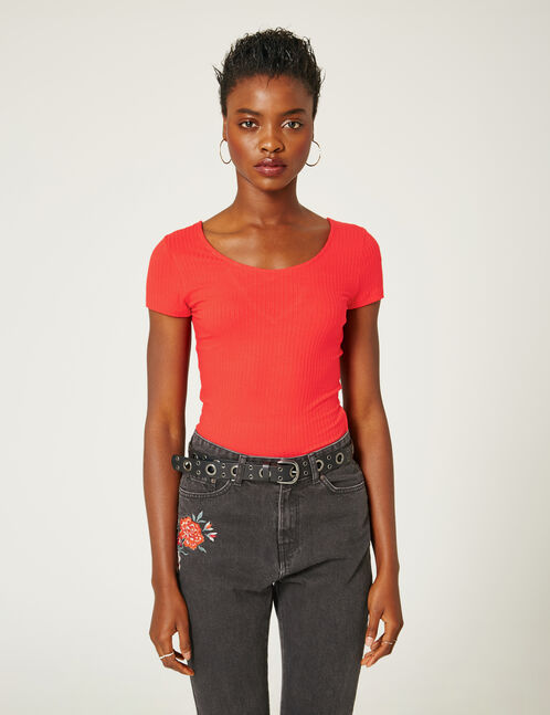 Black embroidered mom jeans