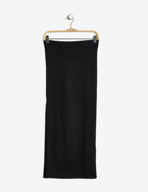 Long black textured tube skirt