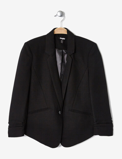 Black blazer with 3/4-length sleeves