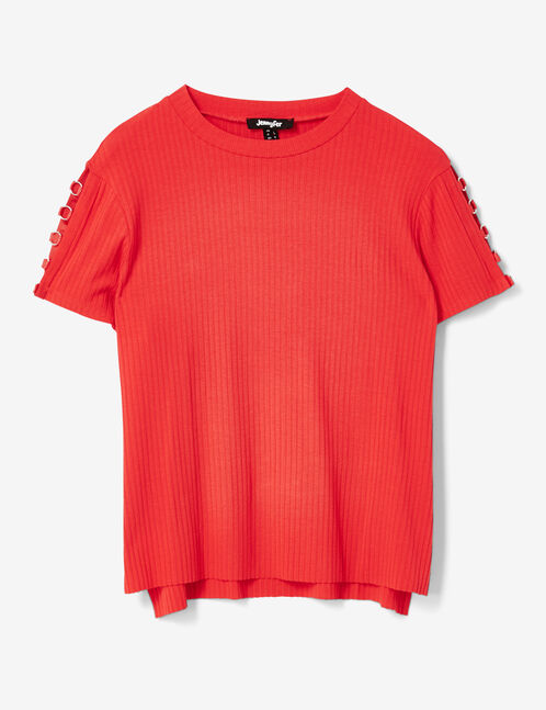 Red T-shirt with ring detail