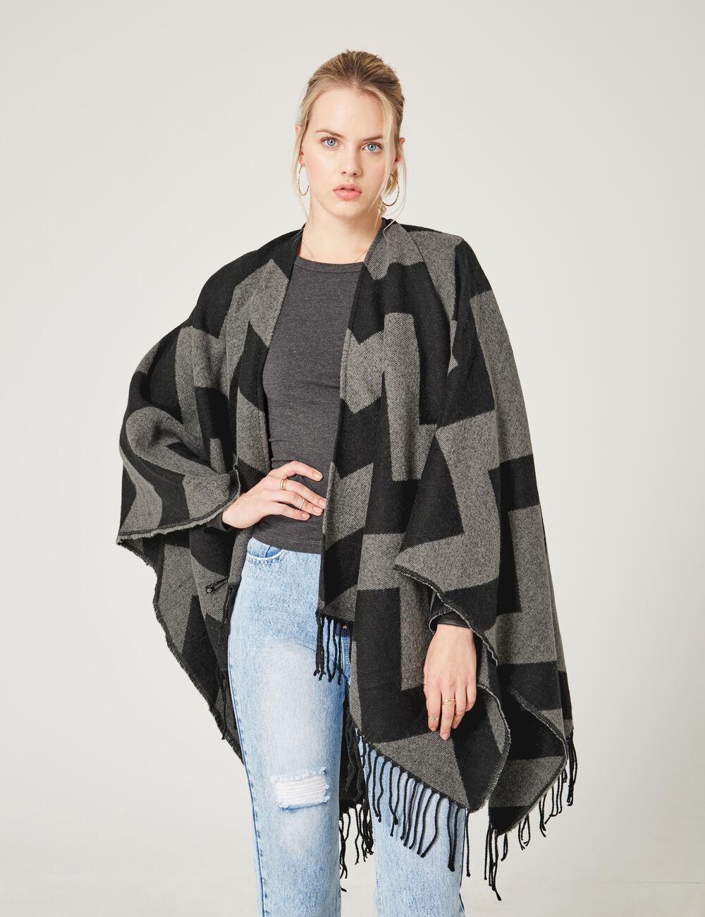 poncho motif zigzag noir et gris femme jennyfer. Black Bedroom Furniture Sets. Home Design Ideas