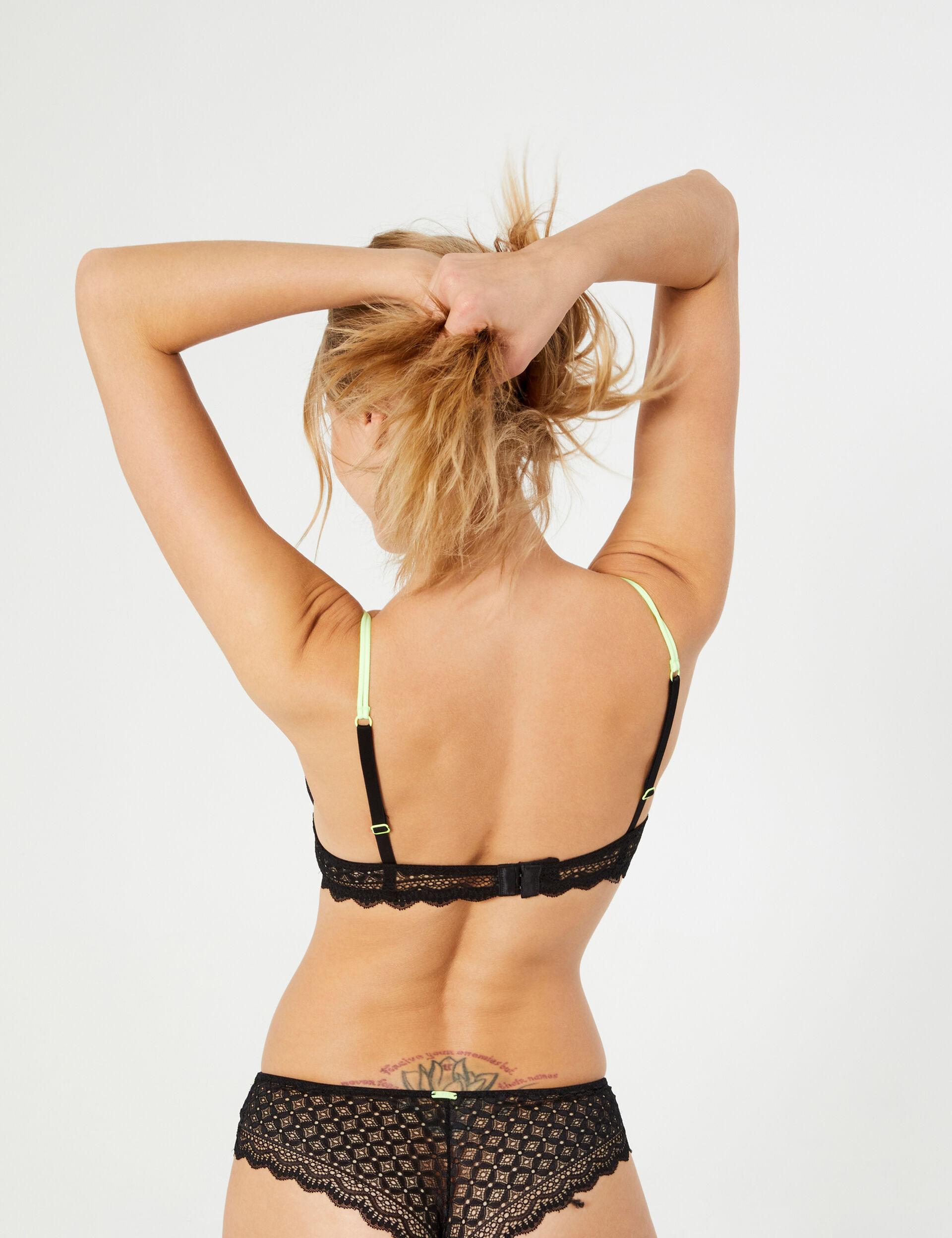 Two-tone bra