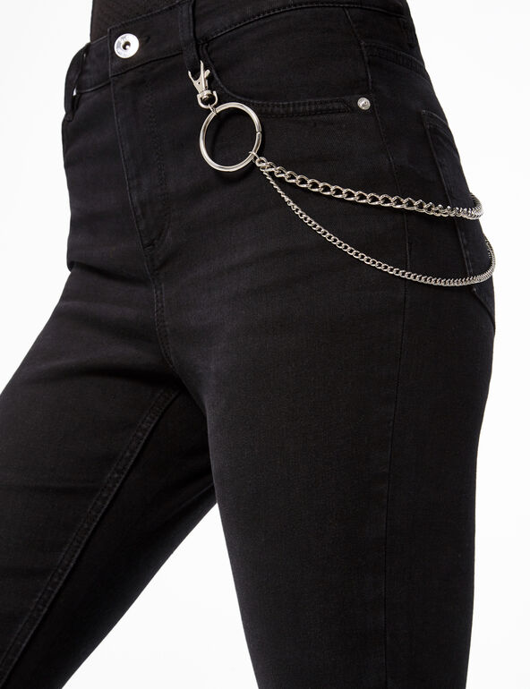 Skinny jeans with chain