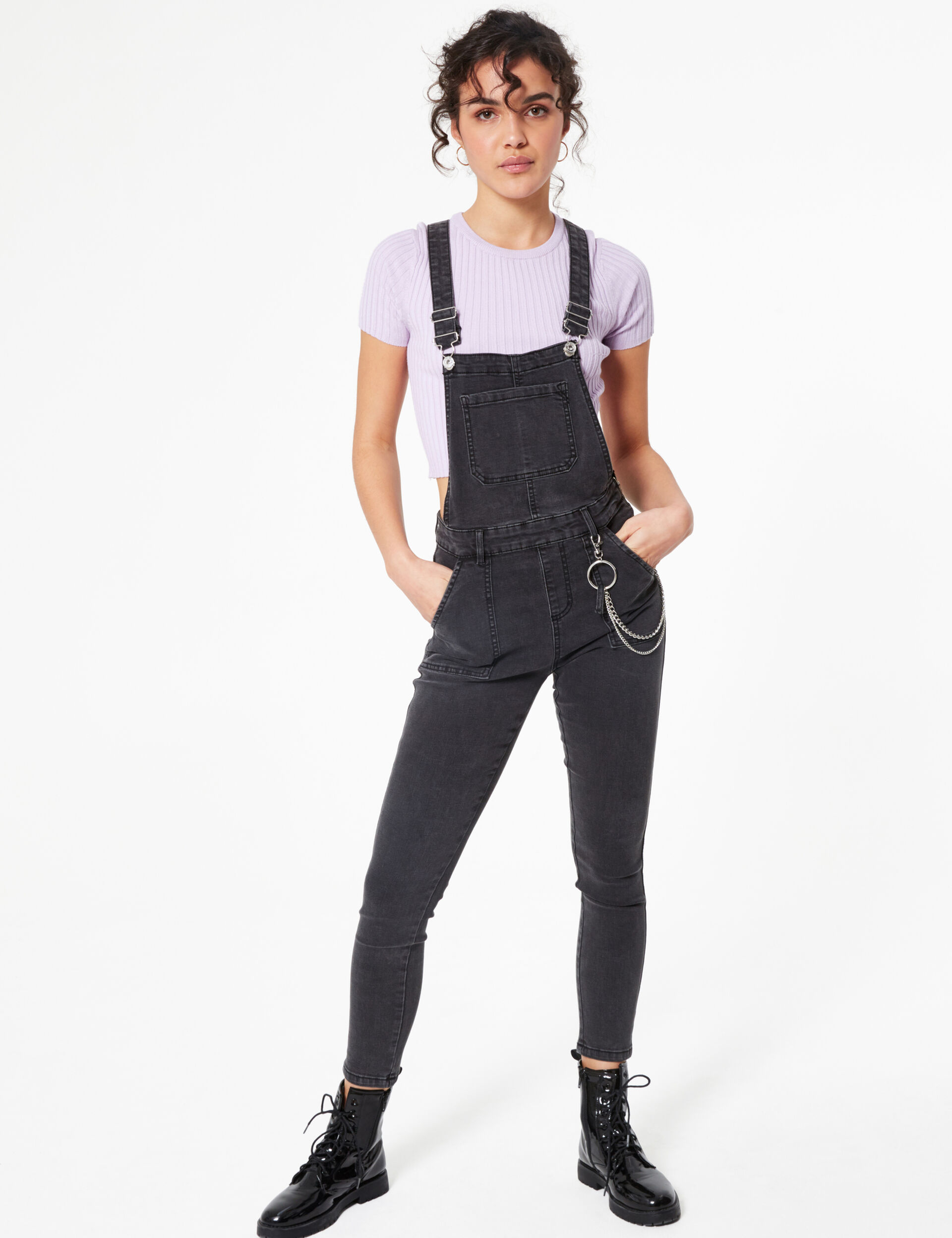 Denim dungarees with chains