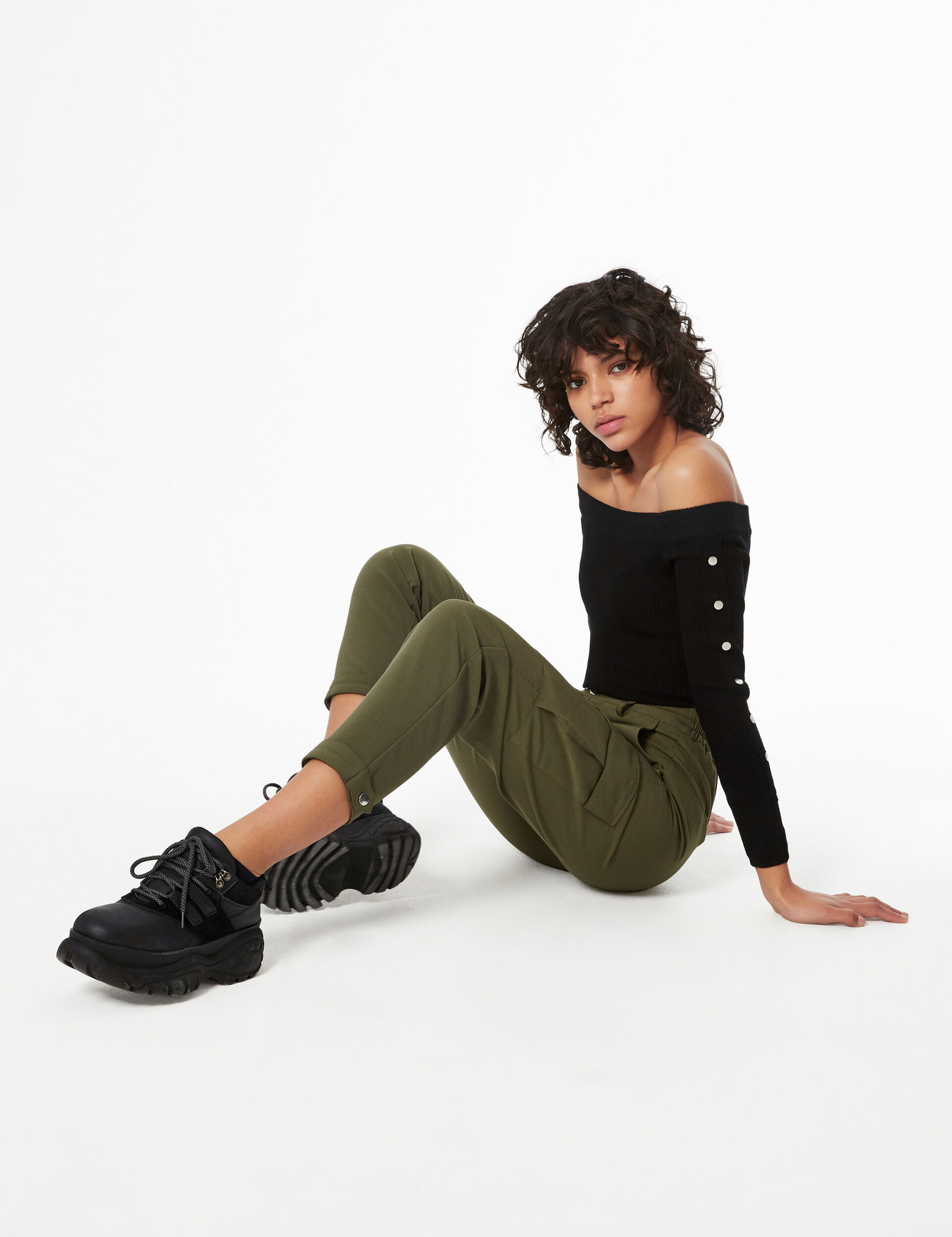 Tailored cargo trousers