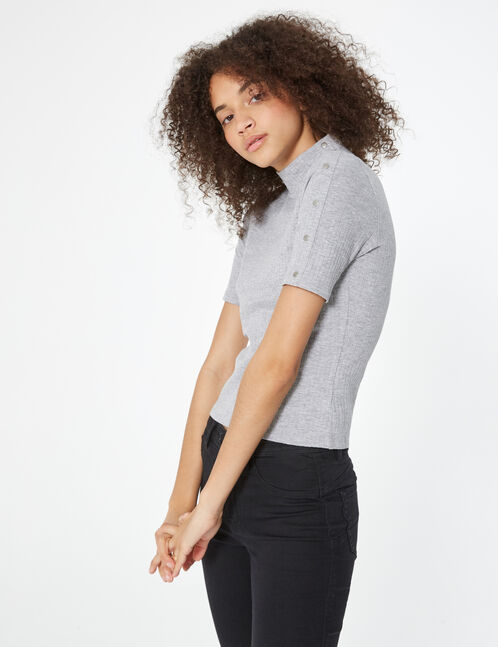 T-shirt with button details
