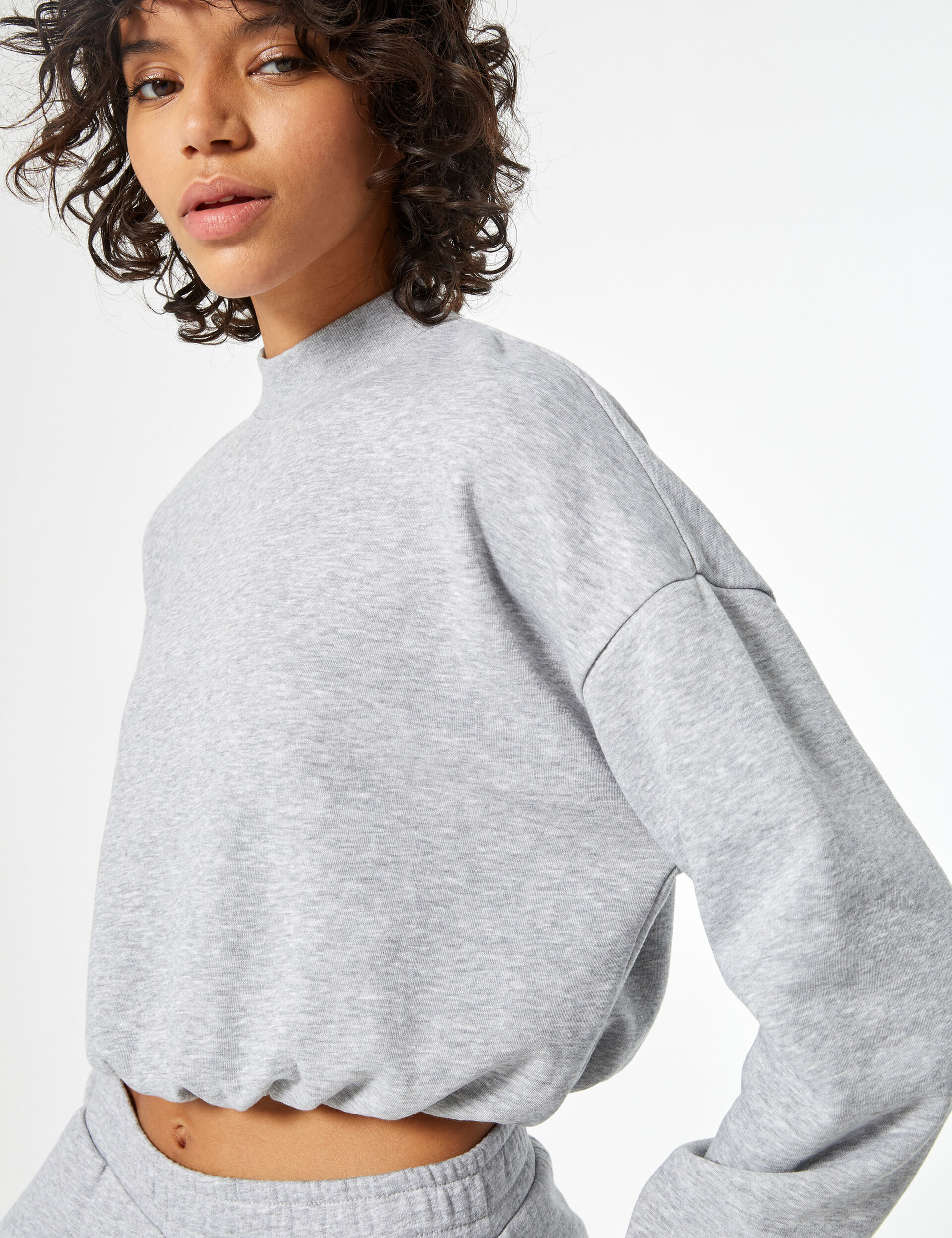 Cropped high-neck sweatshirt