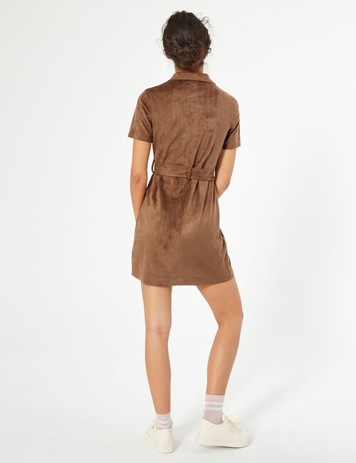 Robe chemise en suédine