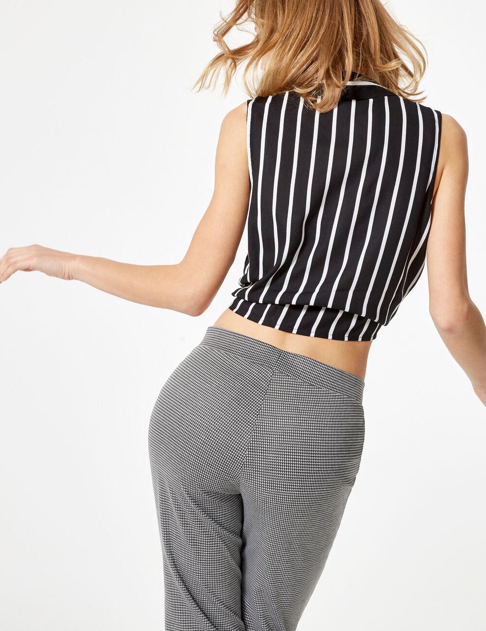 pantalon pied de poule flare noir et blanc femme jennyfer. Black Bedroom Furniture Sets. Home Design Ideas