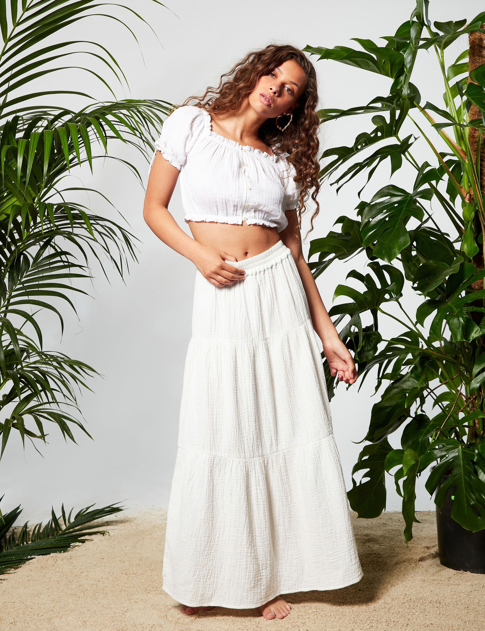 Mid-length frilled skirt