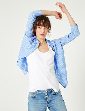 Product Chemise femme, bleu clair et blanc, rayé, patte de boutonnage, manches longues. Photos retouchéesMarque Jennyfer Catégorie chemises + blouses