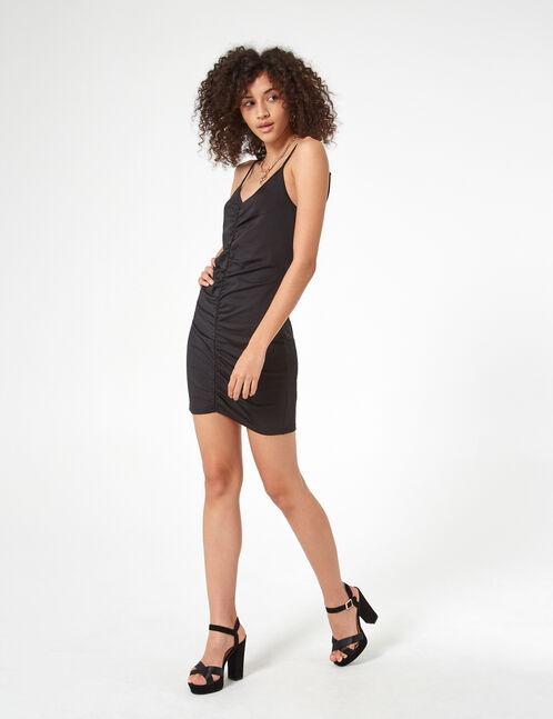 robe ajustée avec fronces